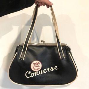Host Pick 🎉 Cool Converse Retro Handbag